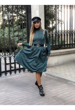 Модное теплое зелёное расклешенное платье