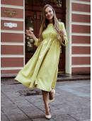 Платье свободного кроя цвета горчица