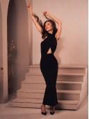 Платье длинное без рукавов с оригинальным верхом
