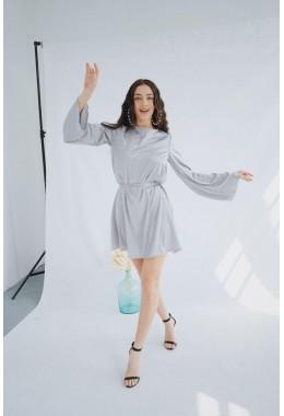 Изящное серебряное платье