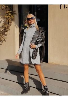 Свободное платье с кружевом светло-серого цвета