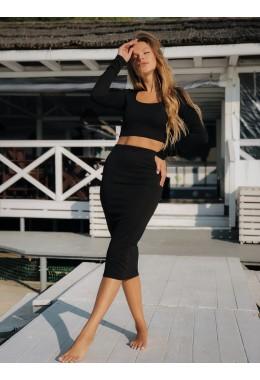 Черный модный костюм с юбкой