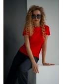 Базовая красная футболка