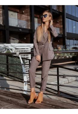Повседневный коричневый костюм из габардина