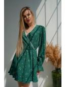 Нежное зеленое платье с кружевом