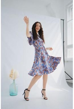 Цветочное платье на запах синее