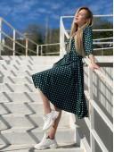 Платье-халат на запах цвета зеленое