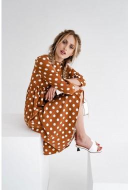 Модное коричневое платье в горошек