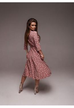 Легкое пудровое платье на запах