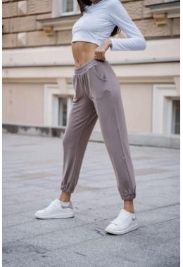 Спортивные бежевые брюки
