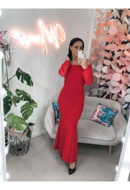Изящное красное платье в пол