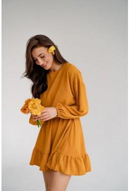 Модное платье с оборкой горчичного цвета