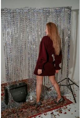 Стильное платье на запах марсала