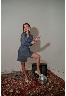 Короткое мини платье на запах синее