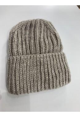 Теплая вязанная шапка бежевая №6