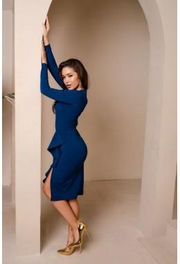 Элегантное платье с рюшей цвета электрик