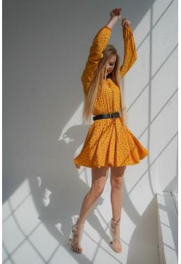 Легкое желтое платье в крупный горошек