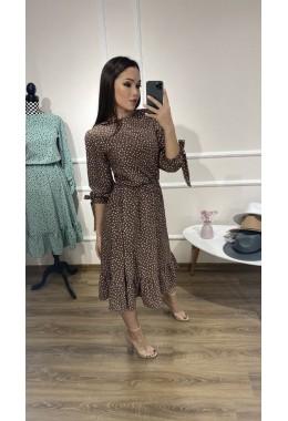 Стильное весеннее платье цвета капучино
