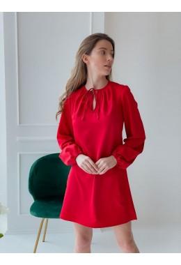 Оригинальное платье со сборками красного цвета