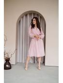 Платье на запах миди длины пудровое