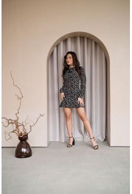 Платье с рюшей черное