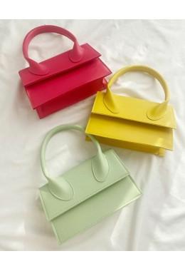 Яркая модная сумка мятного цвета