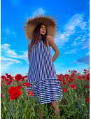 Стильное летнее платье без рукавов в синюю полоску