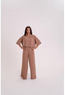 Костюм oversize с брюками бежевый