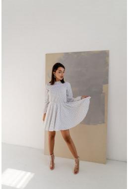 Легкое белое платье в мелкий горошек