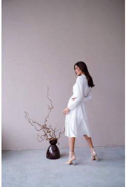 Платье на запах миди длины белое