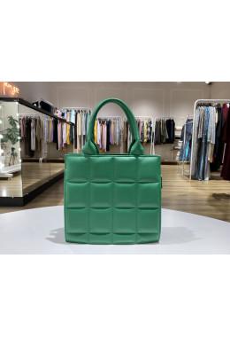 Модная зеленая сумочка