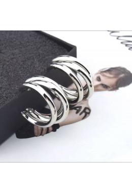 Красивые серебристые серьги