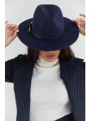 Фетровая шляпка синяя