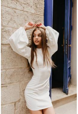 Платье молочное с рукавами-фонарями