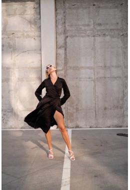 Шелковое платье на запах черное