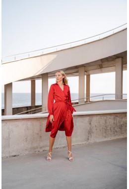 Шелковое платье на запах красное