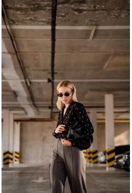 Блуза в горошек черная