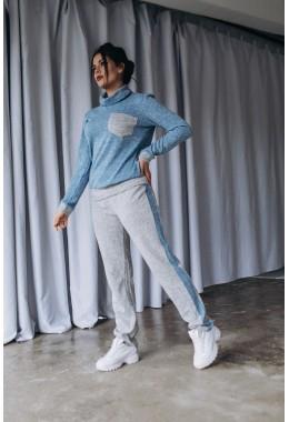 Спортивный костюм теплый голубого цвета