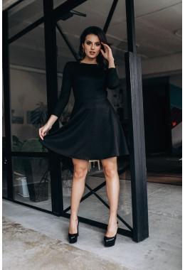 Шикарное черное платье с открытой спиной