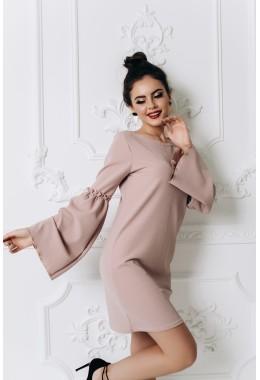 Мини платье пудрового цвета с расклешенными рукавами