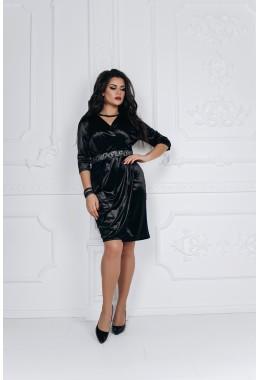 Платье из королевского бархата с вышивкой черное