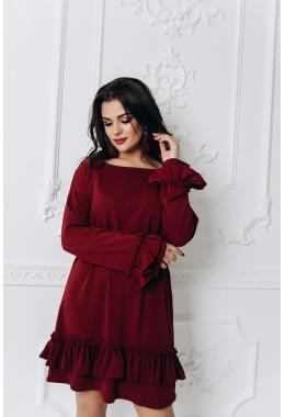 Теплое платье с рюшами цвета марсала