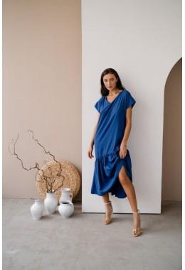 Нежное яркое платье цвета электрик