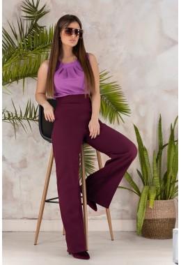 Модные брюки трубы цвета марсала