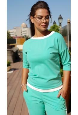 Спортивный костюм с контрастной отделкой мятного цвета