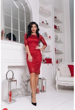 Облегающее бордовое гипюровое платье