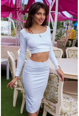 Костюм белый юбочный