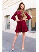 Платье с рюшами цвета марсала