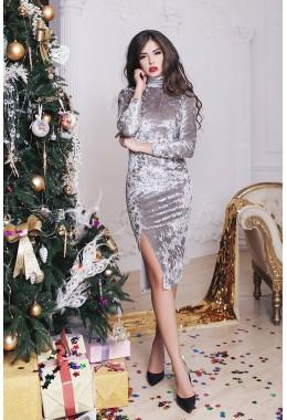 Платье бархатное с разрезом