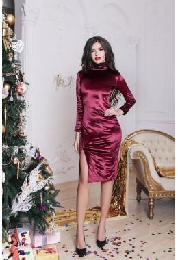 Платье вишневое бархатное с разрезом